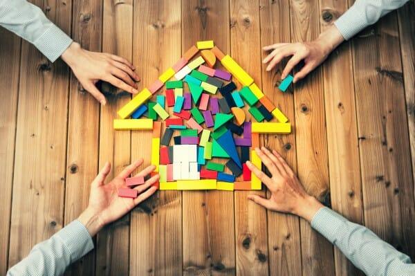 家の売却を成功する「4つの優先事項」と「2つの軸」