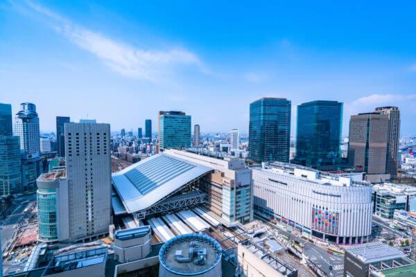 大阪駅付近の町並み