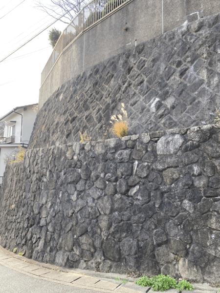 2段積擁壁の例
